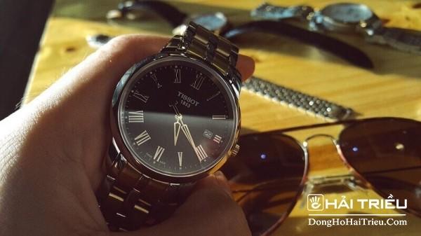 Giá của đồng hồ Tissot 1853 Automatic rơi vào tầm giá trên 30 triệu đồng.