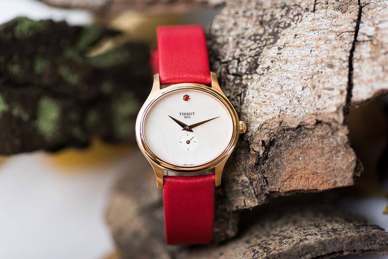 Kho Tàng Đồng Hồ Nữ Tissot Hút Hàng Triệu Con Tim Phái Đẹp-chiếc đồng hồ Tissot T103.310.36.111.01